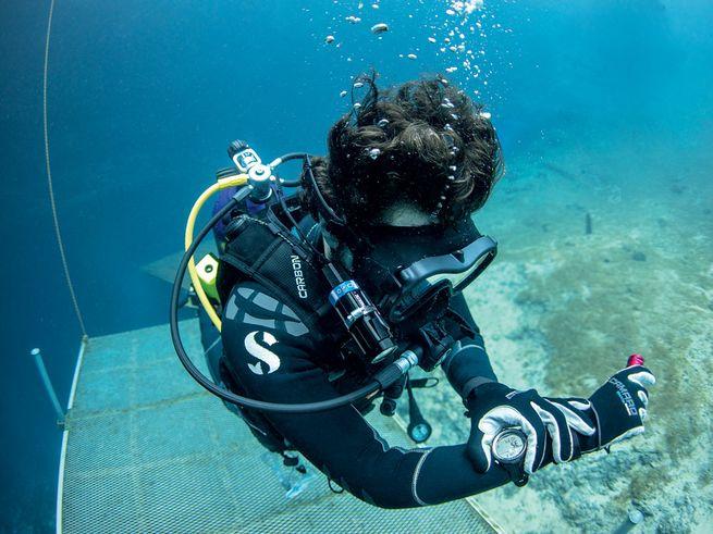 Ordinateur de plongée sous-marine : quel produit choisir ?